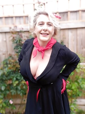 Mature Wife with Big Tits