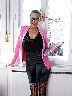 Big Tits Office Lady Fucked